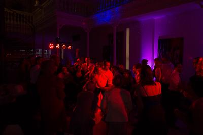 Die Party, Gästefotos, Gruppenbilder, Location, Hochzeitstanz und viel mehr